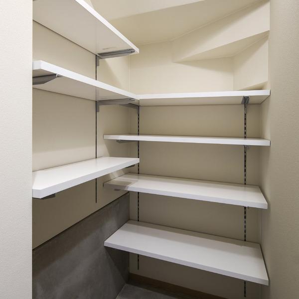 収納 階段 下 階段下をリフォームして有効活用!種類やかかる費用、検討する際の注意点