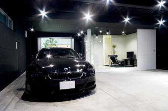 一人で寛ぐ趣味空間とガレージ2