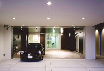 SE構法-広い間口の木造ガレージハウス2